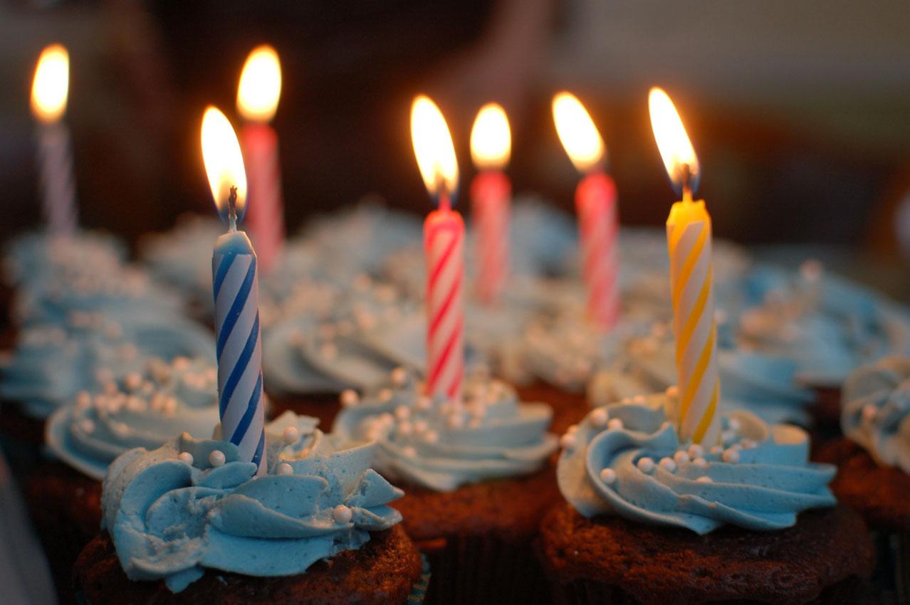 Photos de gâteau et de bougie